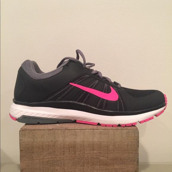 5d087258ef76 Nike Air Dart 12 Womens Running Sneakers Size 10. M 5c3e83fc194dad4166b64f50